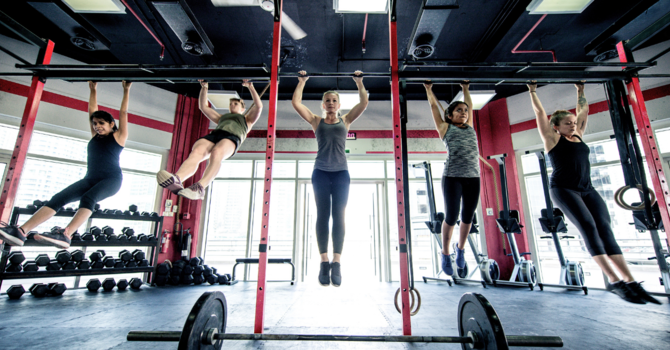 CrossFit Athlete and Chiropractic - How Strength & Spine Can Help image